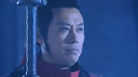 牛辅以为自己的无敌了,想对战关羽,结果自己还是太天真了