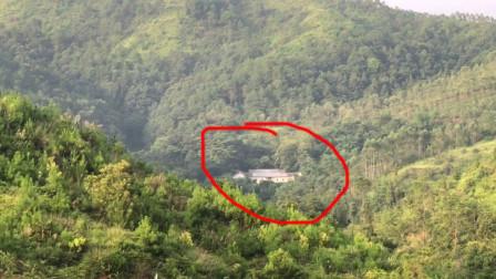 广东深山发现无人居住的老屋,群山环绕,买东西去哪里买?