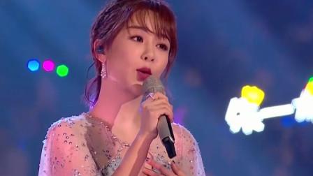 杨紫献唱《亲爱的,热爱的》片尾曲《牛奶面包》,太甜、太甜了!