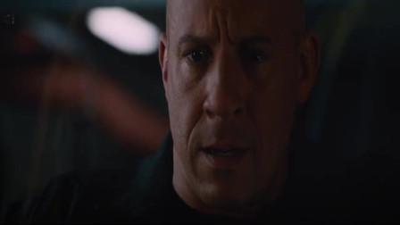 速度与激情8:主角亲眼看着自己的女友,被女反派杀死却无能为力