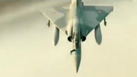 利比亚战争后,幻影2000战斗机大出风头,各国纷纷大价钱买进