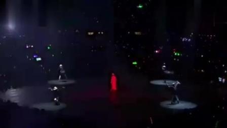 刘德华演唱会一首《中国人》气势磅礴,听的人热血沸腾