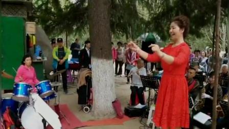 兴庆公园长乐之声合唱团歌曲联唱《解放区的天是明朗的天》《山丹丹开花红艳艳》