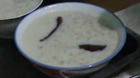 新疆小麦粥:连骨肉杏干葡萄干7种食材熬成的人间美味