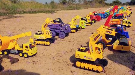 20黄土上的挖掘机工程卡车搅拌车玩具们挖掘机挖土机工程车工作视频