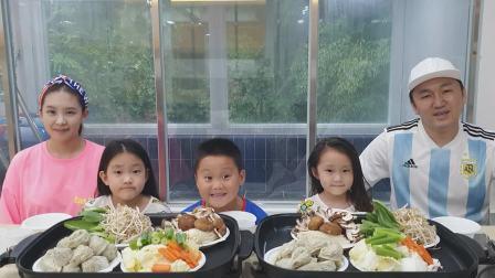 - 梦幻般的家庭 - 蔬菜饺子蘑菇煎锅和拉面新品参鸡汤吃播两篇
