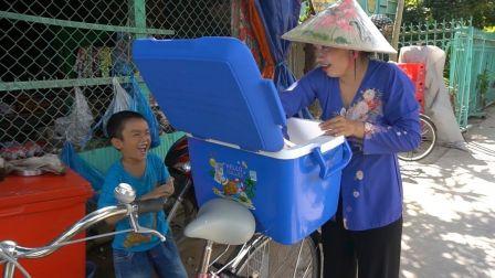 - 越南西部美食渔家人系列 - 香蕉冰激凌和酸奶冰激凌两则合辑(2019.8.29)