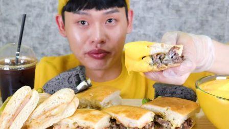 牛排奶油蘑菇意大利三明治!Italian Sandwich MuKBang_!