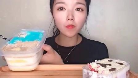 吃播大胃王:看小姐姐这样大口吃蛋糕真是太馋人了,看着都想吃啊!