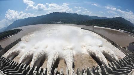三峡大坝开闸泄洪时,为什么水是往天上喷的呢?今天算长见识了