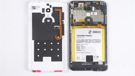 为何现在的手机电池,被设计成不可拆卸的,看完你就明白了