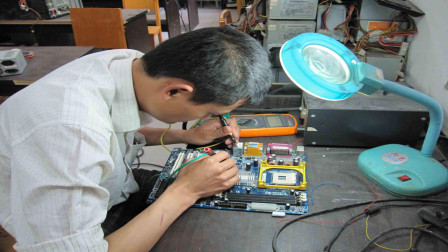 什么是硬件工程师,它到底是干什么的呢?今天算长见识了