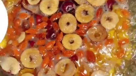 南瓜酒酿圆子小甜汤,补血养颜,超级好喝