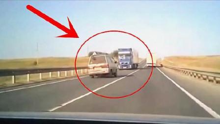 """疲劳驾驶有多可怕?面包车撞上大货车,一家五口瞬间被""""灭门""""!"""