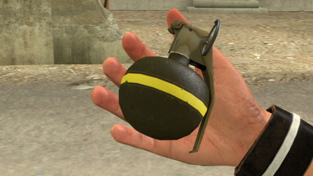 吃鸡动画:这是一颗装有消音器的手雷,50米外的敌人都听不到声音