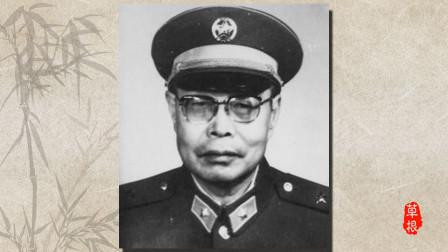 12岁少年瞒着家人偷偷参军,30年后当上将军回乡,父亲却认不出来