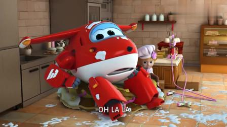 超级飞侠:乐迪和小女孩惹祸,把大蛋糕全毁了,派对可怎么办啊