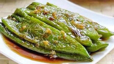 虎皮青椒最简单的做法,开胃下饭,香气四溢,一大盘都不够吃