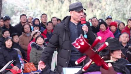 高手啊,60岁大叔激情高唱《我和我的祖国》,祝福祖国繁荣昌盛