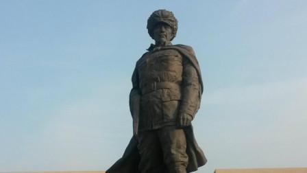 """真正的""""林海雪原"""":杨子荣带领五名战士,端了座山雕的匪巢"""