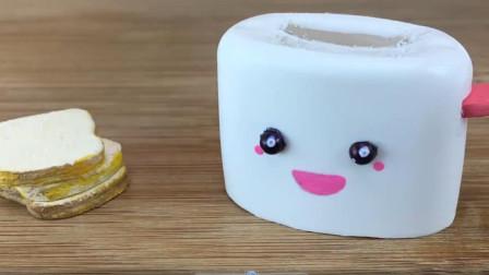 DIY手工:制作迷你烤箱,还有小面包,好好玩!