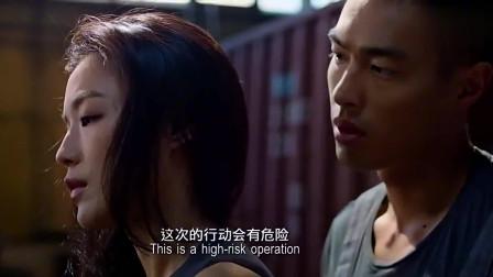 香港经典电影:盗取指纹难度太大,美女就用这一招,让大老板自己送上指纹!