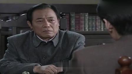 潜伏:李涯胆子太大敢这么跟吴敬中说话