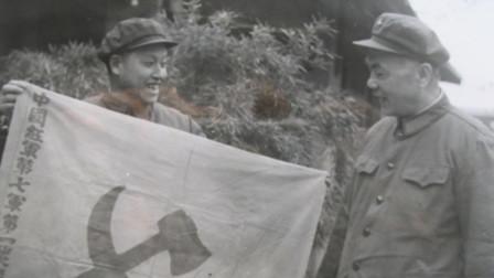 1955年授勋,别人都是让衔,这位将军主动提出不要上将军衔