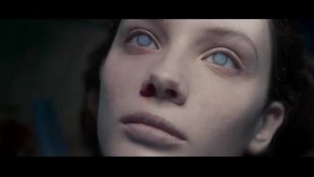 一部惊悚恐怖片, 无名女尸制造幻觉杀害验尸官, 结局让人细思极恐!