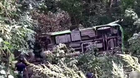 吉林珲春发生一特大交通事故 客车翻车致5死24伤