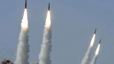 10马赫飞弹配2马赫轰炸机:俄罗斯这组杀手锏必须竖大拇指