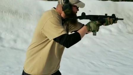 小口径乌兹冲锋枪实弹 射击,加长枪管 是什么意思啊!