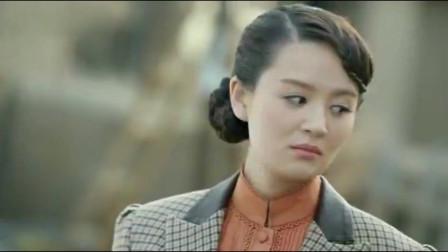 飞哥战队:小伙故意试探女子,没想女特务一口流利的日文暴露身份