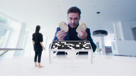 【陈莉丽说电影】几分钟看完9.3分科幻片《黑镜:白色圣诞》