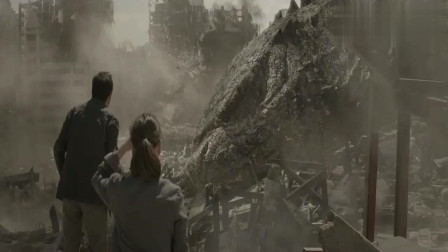 哥斯拉:死而复生重返大海,怪兽变成了人类的救星!