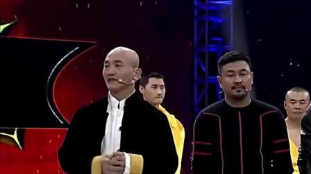 一龙一上台,王洪祥就说猜到是他来踢馆了,方便直呼别人不敢来