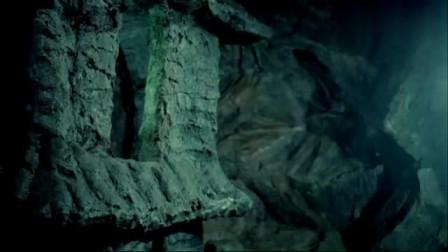 90年盗墓电影太真实了,教授打开太平天国宝藏,里面机关太厉害了