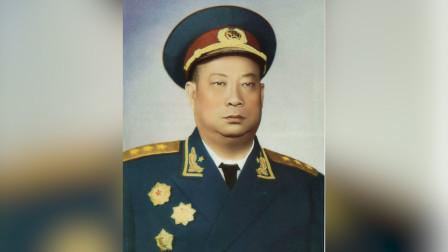 第一位去世的开国上将,23岁担任师长,失去右臂被称为独臂将军