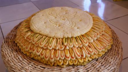 祁连农家的特色中秋大月饼,天然植物染色,耗时4天终于制作完成