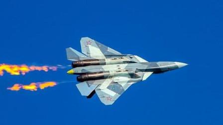 俄罗斯空军没人了?苏-57表演超强技巧,飞行员却是花甲老人