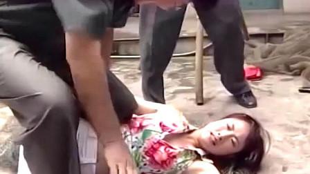 红问号:美女救驾女总裁,不料绑匪太强悍,直接给人按地上揍!