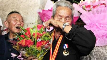 96岁中国远征军老兵,流浪异国67年,拒绝入异国国籍,渴望回国!