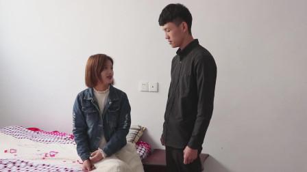妻子的外套穿十年不洗,丈夫忍不了偷偷拿进洗手间,仔细一看却惊了