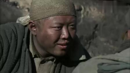 二炮手:慢慢才发现这位兄弟也很逗,看着比孙红雷还搞笑