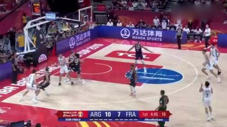 阿根廷爆冷胜法国!世界杯决赛,39岁斯科拉狂砍28分