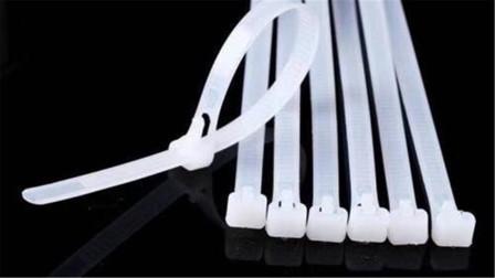 今天才知道,在卫生间放一根塑料扎带,还有这么神奇作用,太棒了