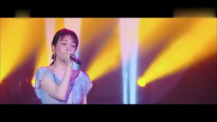 快乐大本营:吴昕、欧阳娜娜演唱《光》,昕姐歌声棒棒哒