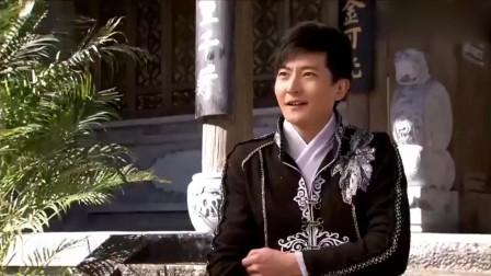 万万没想到,龙门镖局里跟郭京飞跳舞的,居然是焦俊艳
