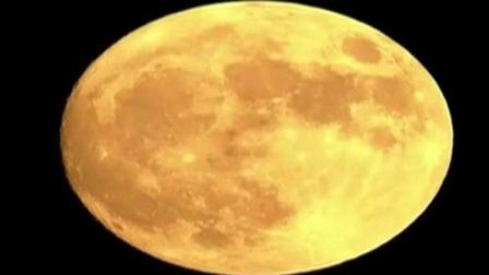 86倍长焦镜头 拍下飞机从月亮前滑过  每日新闻报 20190915 高清版