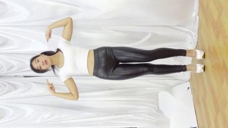 秀舞时代 小羽 T-ara Roly Poly 舞蹈 手机版正面2